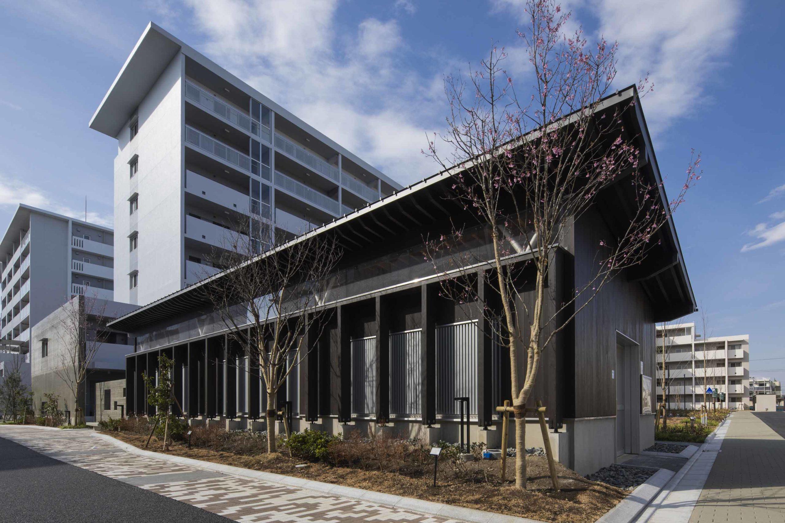 コンフォール浜見平(D-1①街区・13-7号棟、中央集会所)